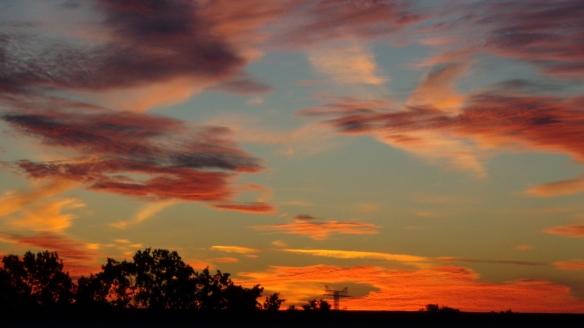 Amazing Sonnenaufgang mit Chemtrails in Berlin 30.08.2015_11