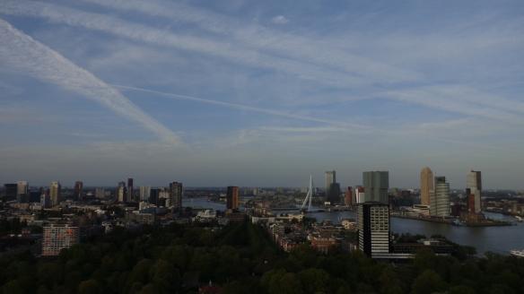 Chemtrails Blick vom Euromast Rotterdam 15.05.2015
