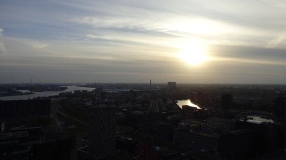Chemtrails Blick vom Euromast Rotterdam 15.05.2015_05