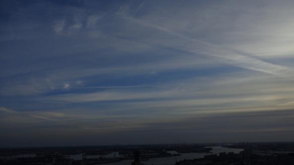 Chemtrails Blick vom Euromast Rotterdam 15.05.2015_13