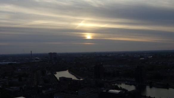 Chemtrails Blick vom Euromast Rotterdam 15.05.2015_17