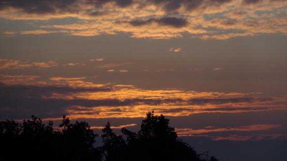 Sonnenaufgang Chemtrails Berlin 14.07.2015_03