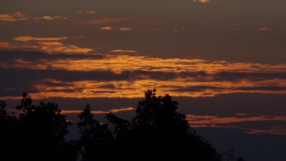 Sonnenaufgang Chemtrails Berlin 14.07.2015_04